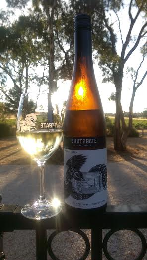 2015 shut the gate riesling